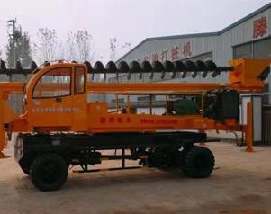 360吨轮式打桩机